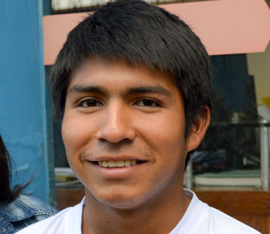 Víctor Hugo Corrales